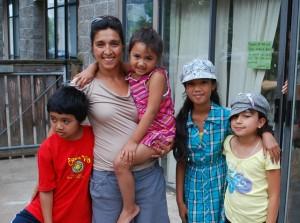 Angela Garcia, Escuela Viva
